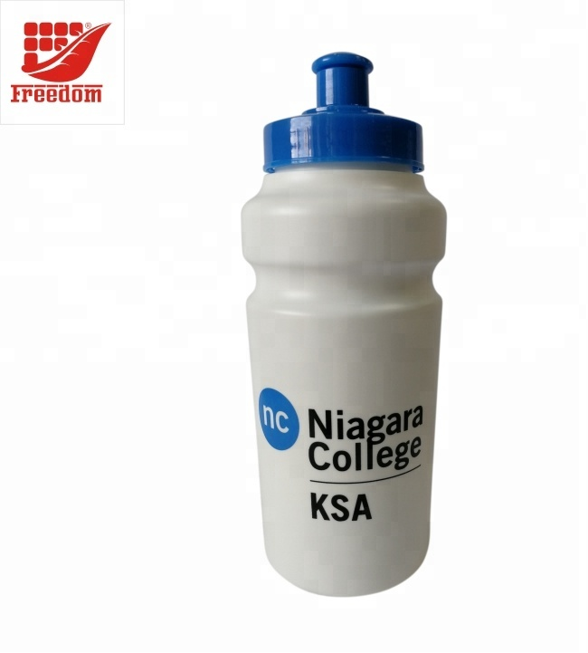 Nice Quality Hot Selling Logo Customized Plastic Water Bottle